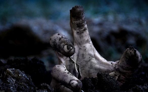 На Черкащині зловмисник викинув тіло чоловіка у вигрібну яму свого подвір'я