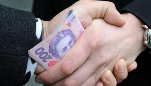 У Черкасах водій напідпитку намагався підкупити поліцейських (ВІДЕО)