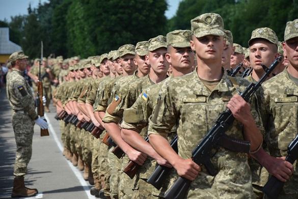 Призов на строкову службу черкаських юнаків буде добровільним