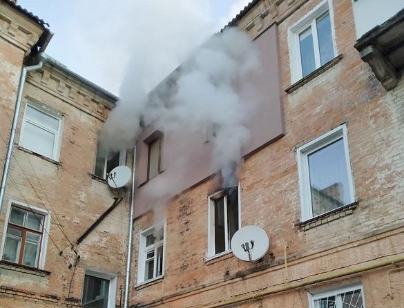 Із пожежі у Черкасах врятували трьох осіб