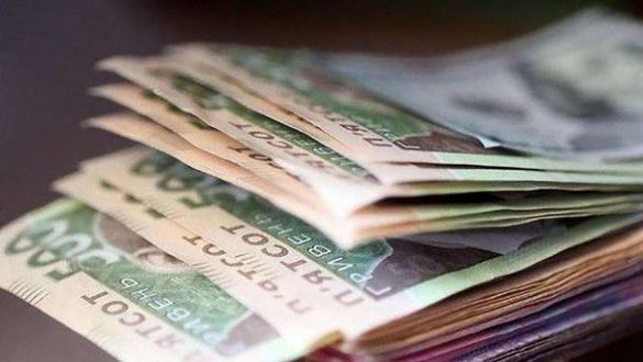 Черкаські високопосадовці віддадуть свої зарплати та премії на користь медиків
