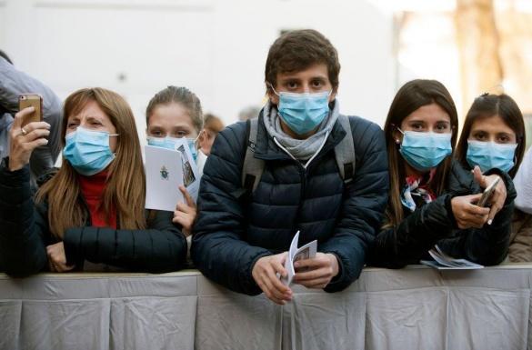 З понеділка на Черкащині заборонять ходити без захисних масок