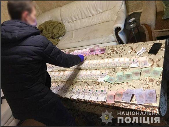Щомісяця - близько 5 тисяч закладок: на Черкащині викрили діяльність міжрегіональної злочинної групи (ВІДЕО)