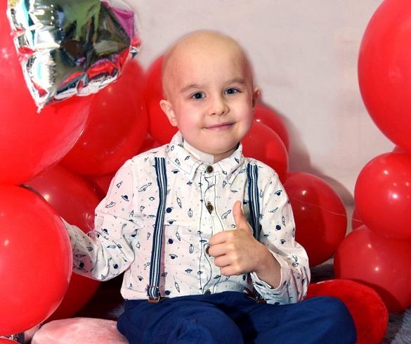 Маленький хлопчик у Черкасах потребує термінової допомоги небайдужих