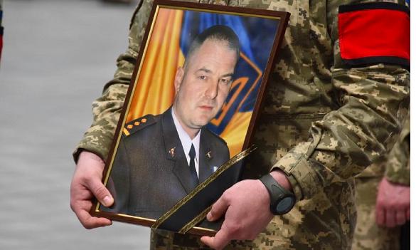 На Черкащині попрощалися із загиблим командиром 1-ї окремої танкової Сіверської бригади (ФОТО)