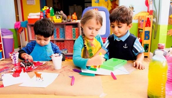 Черкасці вимагають швидше відкрити дитячі садочки в місті