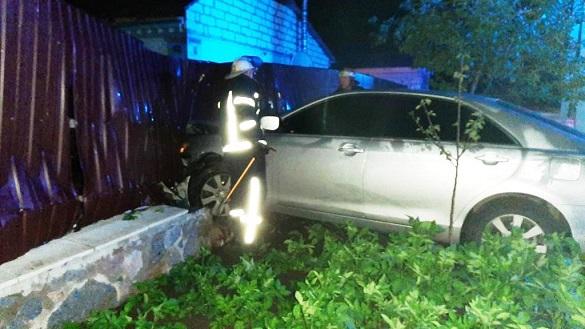 Автомобіль на Черкащині втрапив у ДТП та загорівся (ФОТО)