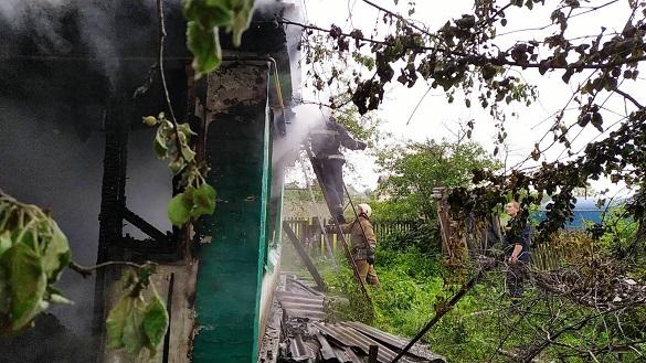 Під час пожежі у будинку на Черкащині загинув господар (ВІДЕО)