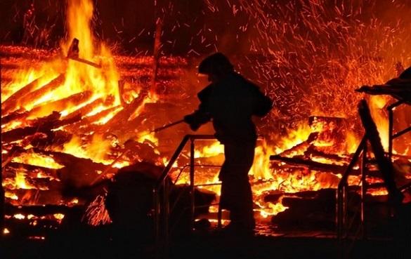 На Черкащині сталася масштабна пожежа (ВІДЕО)