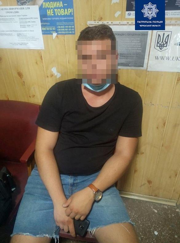 У Черкасах затримали водія-порушника, який перебував у розшуку