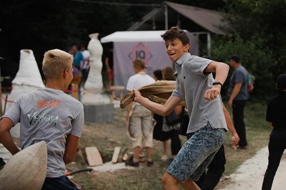 Народні ремесла та концертні виступи: на Черкащині втретє відбувся фестиваль «Крутий заміс»
