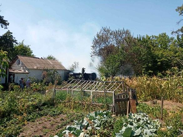 Житловий будинок рятували від вогню на Черкащині (ФОТО)