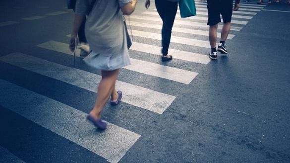 Пішохідний перехід у Черкасах заграв яскравими фарбами (ВІДЕО)