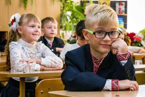 У черкаських школярів можуть стати коротші уроки