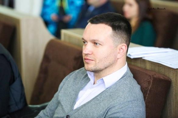 Міський голова Черкас проанонсував заміну Нищика